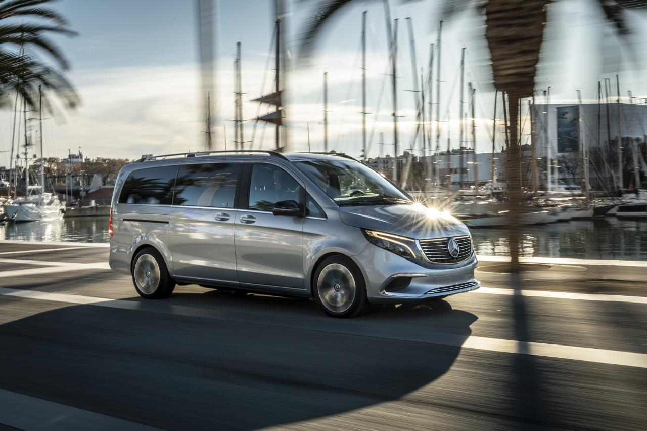 The versatility of the V-Class with the benefits of zero local emissions.