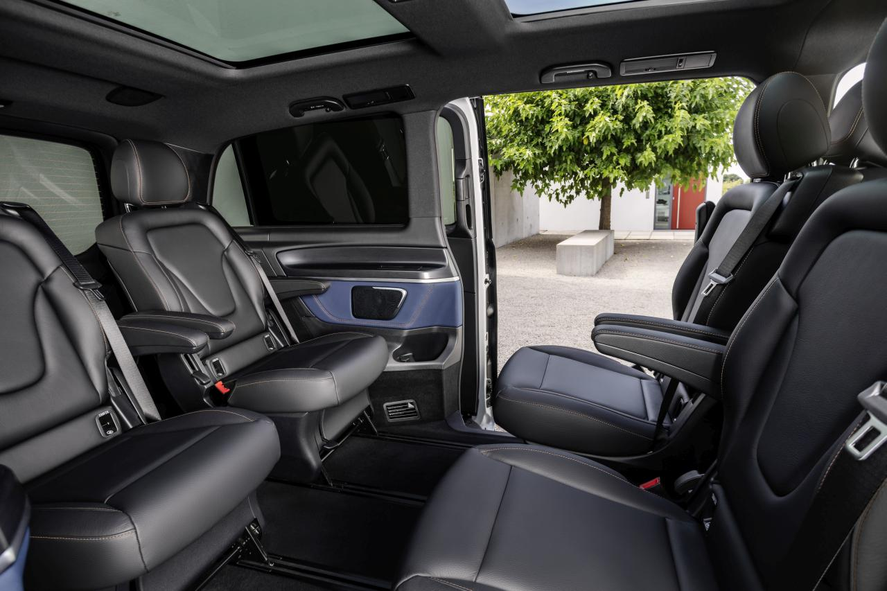 A premium MPV for up to eight occupants.
